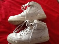 Nike air boots trainners size 10