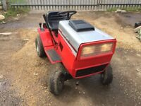 MTD ride on mower / lawn tractor with 12hp briggs