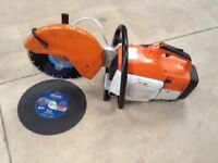 STIHL TS400 MASONARY SAW IN GOOD WORKING ORDER WITH NEW DIAMOND BLADE AND NEW DISC FOR STEEL