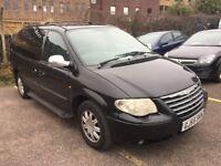 STOW N GO Chrysler Grand Voyager - Auto - Diesel £1750