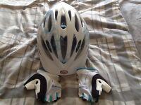 Ladies/teenagers cycle helmet & gloves