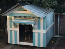 HUGE DOG HOUSE Margate Redcliffe Area Preview