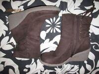 CHOCOLATE BROWN WEDGE SUEDE EFFECT BOOTS SIZE 5 BRAND NEW BY SHOE FAYRE