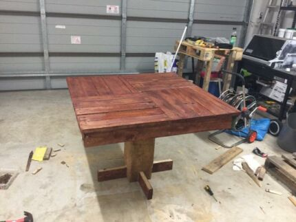 Table and 2 bench seats for sale  Mountain Creek Maroochydore Area Preview
