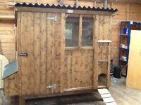 Hen house. Hen ark chicken coop