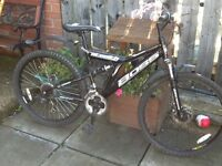 Boss stealth Mens Bike £55