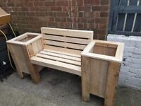 Planter seat with back