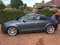 Audi TT 2.0 Grey Red Leather Interior