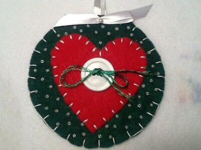 Christmas ornament,  heart on green, handmade felt decorations or gift tag