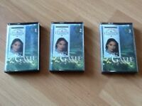 Three country classics crystal Gayle cassettes