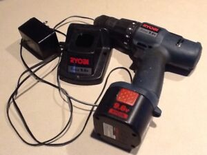 RYOBI drill 9.6V with charger