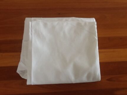 White Damask Linen Extra-Large Round Tablecloth Taren Point Sutherland Area Preview
