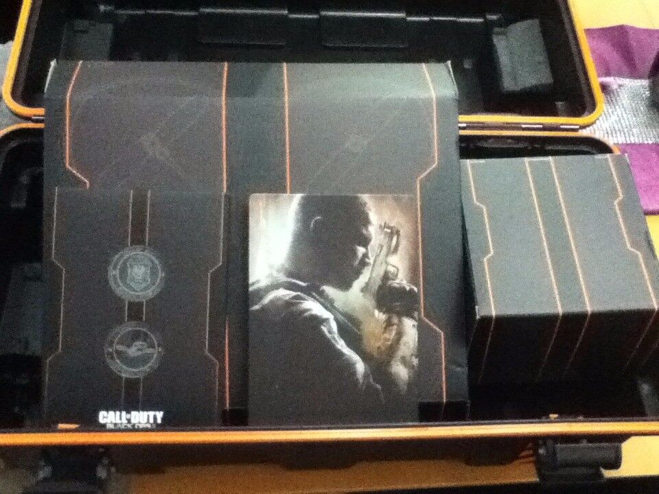 Call of Duty Black Ops 2 Care Package edition