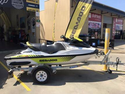 FOR SALE • 2016 RXTX-300RS Low Hours