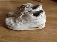 Men's white Nike Air Max trainers, , size 9/44, as new cond