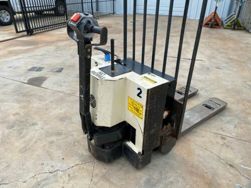 Barrett 4000 lbs Electric pallet truck