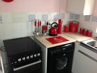 House exchange - 2 bed flat looking for 2 bed house/bungalow with garden. Money fronted.
