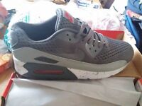 nike air max 90 trainers .brand new in box size 10