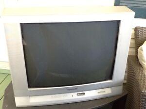 Panasonic TV 27 inches