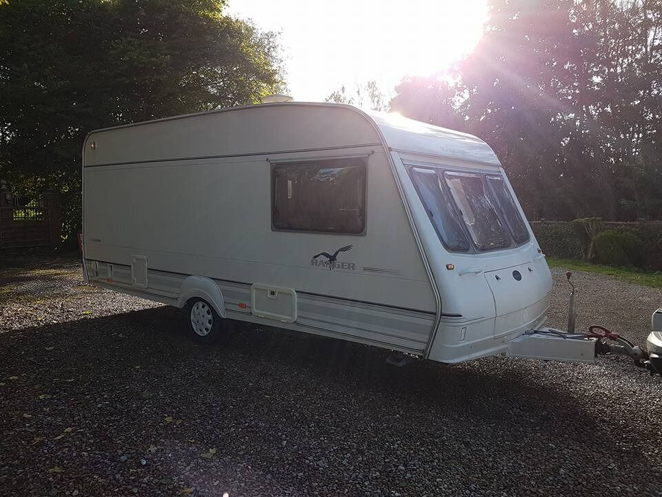 Bailey Ranger 500 5 berth caravan 2000 ,Light to tow in VGC Bargain !!