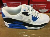 NIKE AIR MAX TRAINERS (BOXED - BRAND NEW)