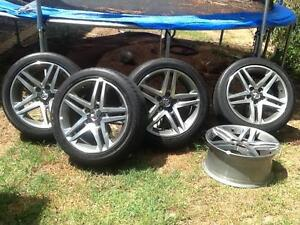 Holden Ve 2012 ss wheels swap for ra rodeo or Greatwall canapy Slacks Creek Logan Area Preview
