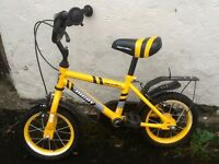 Boys bike - 3/4 Year old with stabilisers