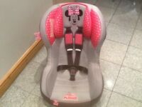 £30 - lightweight group 1 car seat for 9mhs to 4yrs(9kg upto 18kg weight of child)reclines,is washed