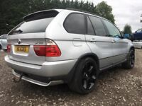 BMW CAR BREAKING USED PARTS