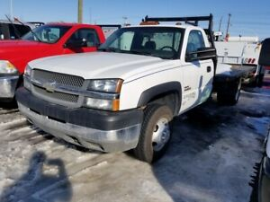 2004 Chevrolet Silverado 3500HD Dually 4X4 Manual Transmission w