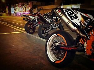 Looking for someone to paint my motard wheels Greenwith Tea Tree Gully Area Preview