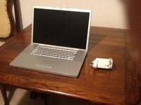 Macbook Pro 17 inch spares or repair