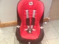 Britax Eclipse group 1 car seat for 9mths to 4yrs-reclinesi a washed and cleaned-£35