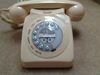 For sale a old fashioned phone as new in excellent condition in cream