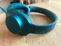Blue Sony Wired Headphones perfect condition