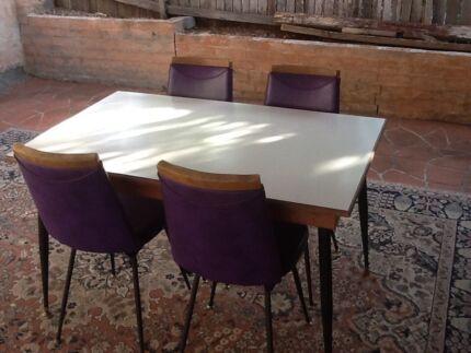 1973 retro style original dining table