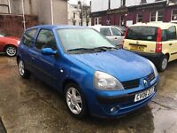 Renault Clio Campus Sport 1.1ltr 2006 only 52k with brand new mot and fresh service *REDUCED*