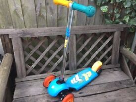 Avigo Child's 3 wheeled Scooter. Sturdy and robust toy