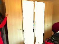 Maskreys Extra wide double mirrored wardrobe, Light wood