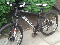 Carrera fury mountain bike with avid hydraulic brakes mint condition