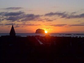 3 bedroom furnished PENTHOUSE Apartment (LONG LET) to rent £1300 per month North Berwick