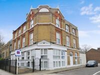 Two bed, open plan flat to rent in Canada Water **Price Reduction**