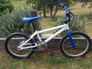 "20"" White and Blue Mongoose BMX Bike"