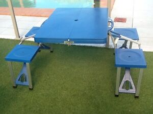 Folding table and chairs Redland Bay Redland Area Preview