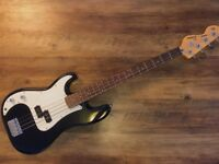 Left-handed bass guitar