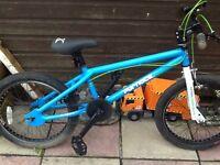 Boys bike Age 6/9 £15