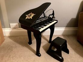 Toy Electric Piano with stool and microphone, ideal for child under 3