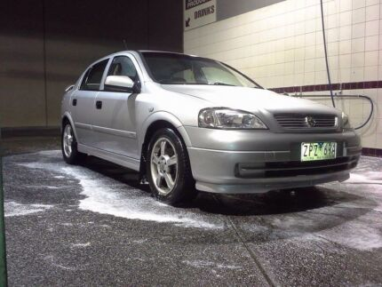 2000 Holden Astra Hatchback Melbourne CBD Melbourne City Preview