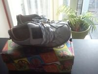 Art shoes size 7
