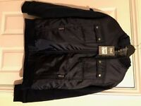 everlast coat with hood and fur lining brand new L/XL size